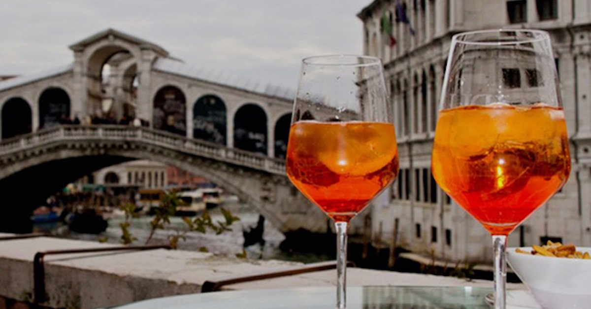 Photo of APEROL SPRITZ: EL APERITIVO PERFECTO