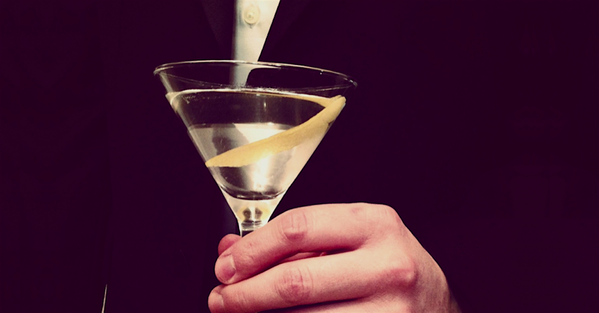Photo of VESPER: UN MARTINI ORIGINAL 007