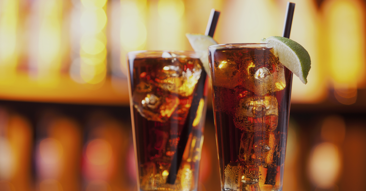 Photo of LONG ISLAND ICED TEA: UN CLÁSICO, ¿SIN TÉ?